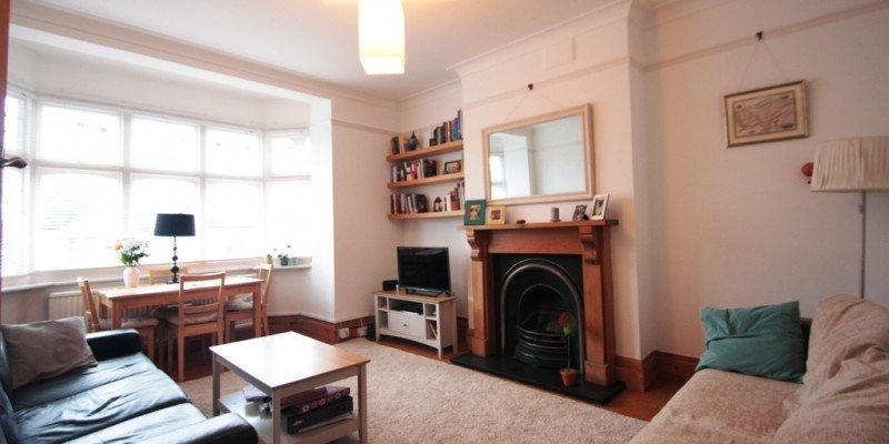 Beautiful Two Double Bedroom Maisonette Kirkstall Road