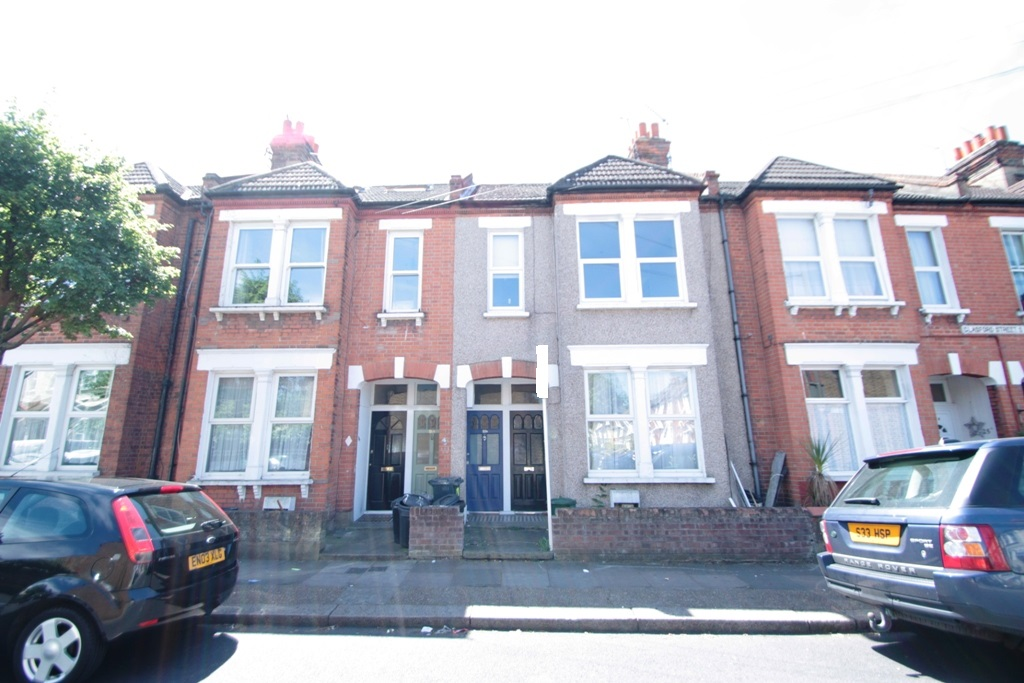 Two Double Bedroom Garden Flat Glasford Street
