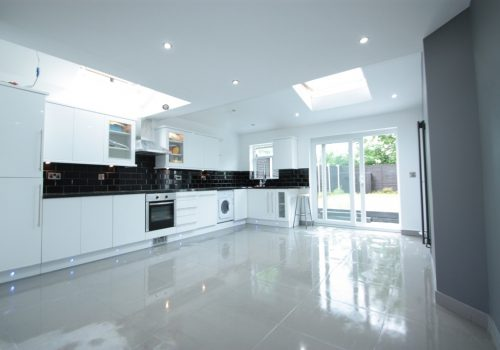 Stunning Five Bedroom Two Reception Terraced House Eardley Road