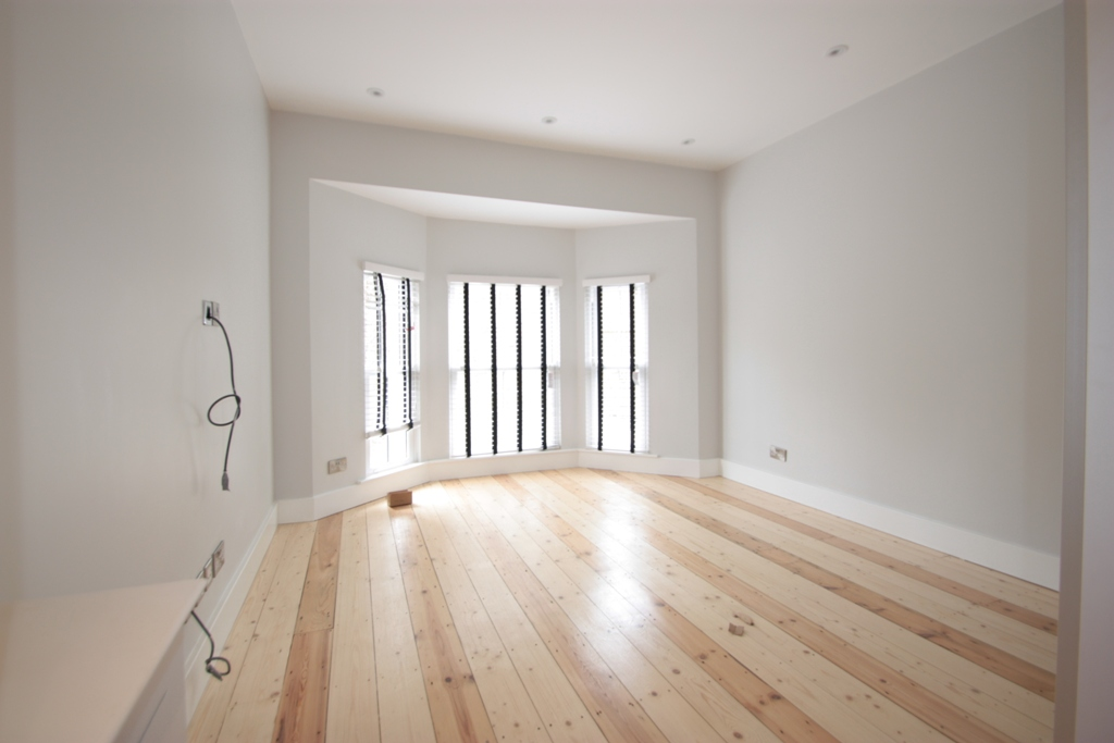 Stunning Brand New Two Bedroom Victorian Conversion Flat Clapham Road