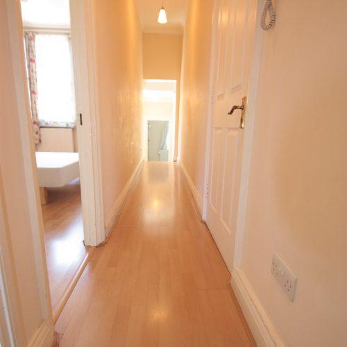 2 bed flat Coyners Road, Streatham